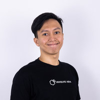 A Data Scientist who is passionate to help students learn programming and become a skillful professional