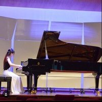 Online piano lesson for all age from beginner up to grade 8.